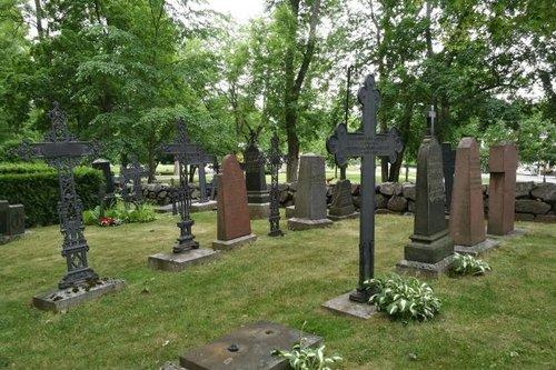 Naantalin kirkon hautausmaa